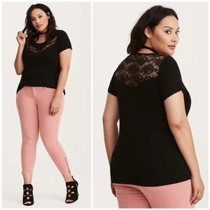 Torrid Lace Inset Fitted Tee Size 1/ 1X